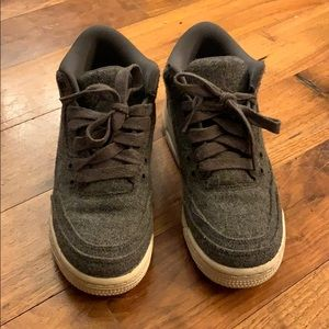 Girls Nike lowtop flannel basketball Air Jordan's